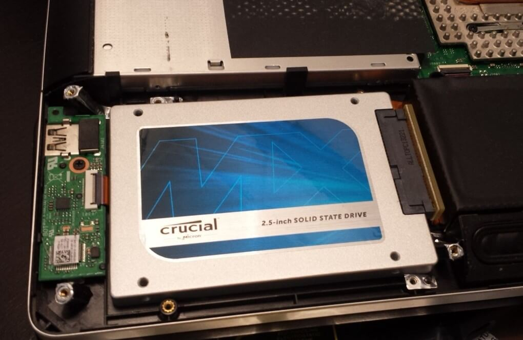 Crucial mx100 ssd installed laptop